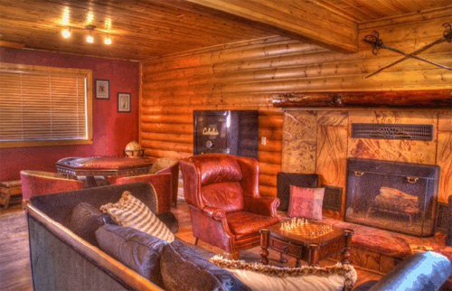 All Seasons Lodge is the nicest base camp in the area for a hunting expedition!